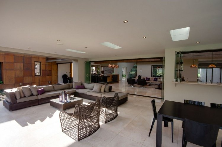 Nico van der Meulen Architects - House Sedibe - 9