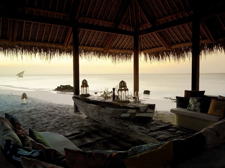 Romantic timber villas on Vamizi Island Mozambique - 16
