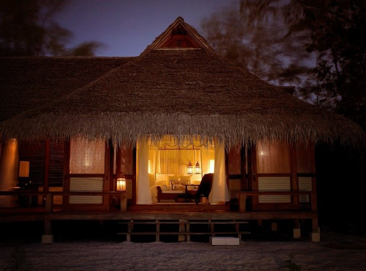 Romantic timber villas on Vamizi Island Mozambique - 17