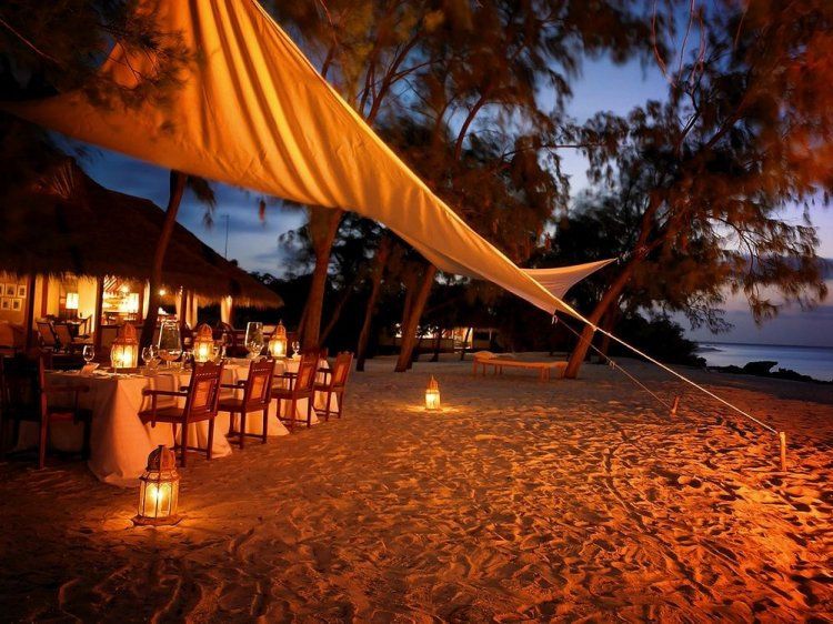 Romantic timber villas on Vamizi Island Mozambique - 18