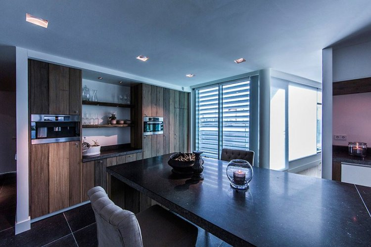 Sky Box Apartment by Centric Design Group - 12