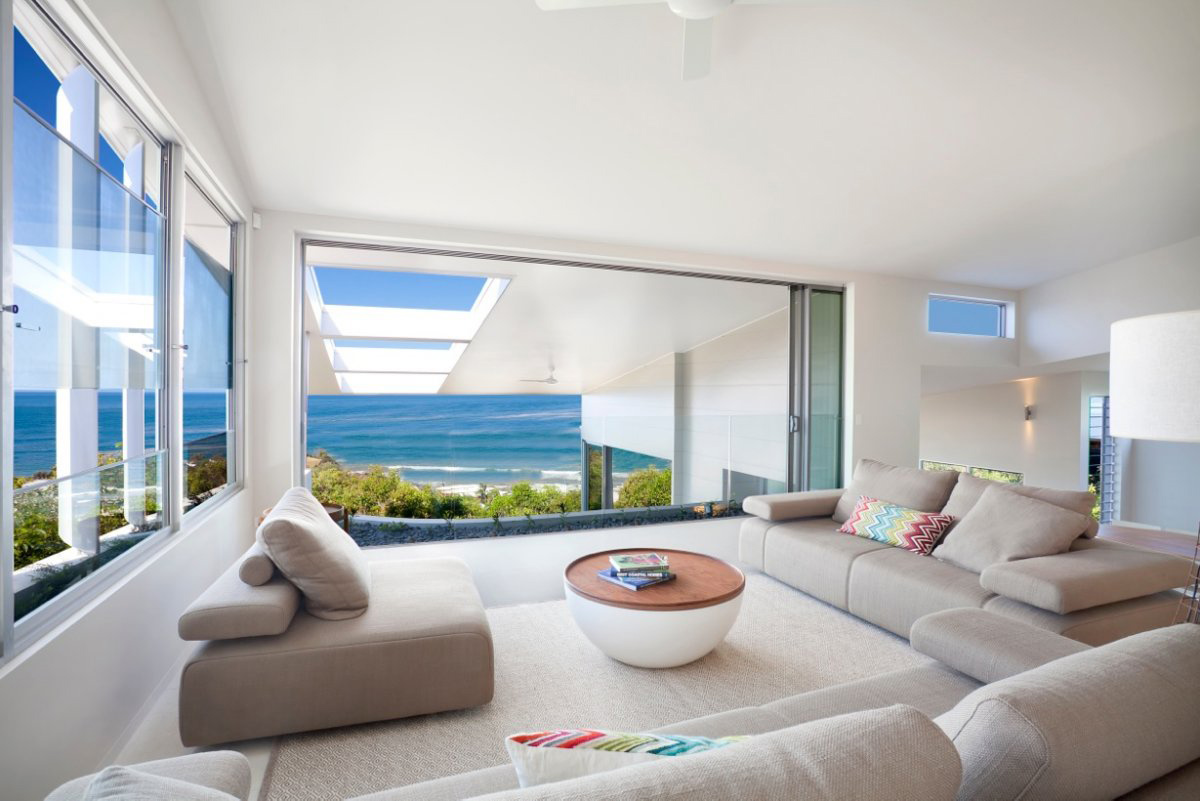 Coolum Bays Beach House in Queensland Australia 12 Modern