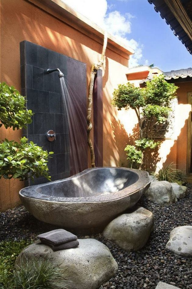 Outdoor bathroom ideas - 20