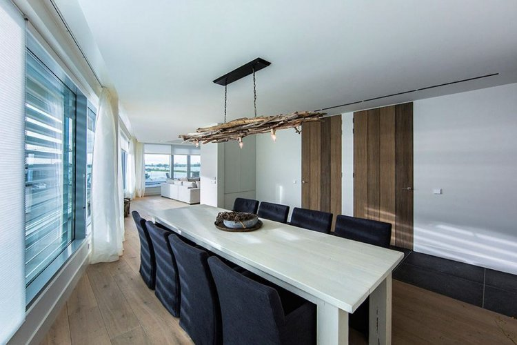 Sky Box Apartment by Centric Design Group - 15